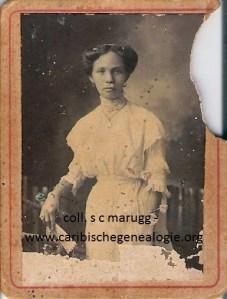 Hermina M. I. Lauffer (1882-1933) of Jacqueline T. Lauffer (1888-1911), Fotograaf Soublette & Fils, ca. 1910