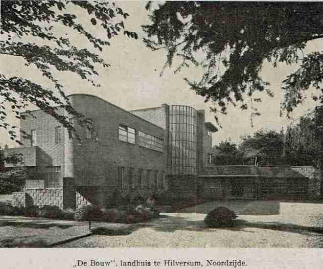 Villa 'De Bouw' te Hilversum, architect Wijdeveld i.o.v. familie Wertheim Aijmes - Rode